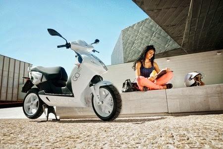 lifestyle elektrisch unterwegs in m nchen. Black Bedroom Furniture Sets. Home Design Ideas