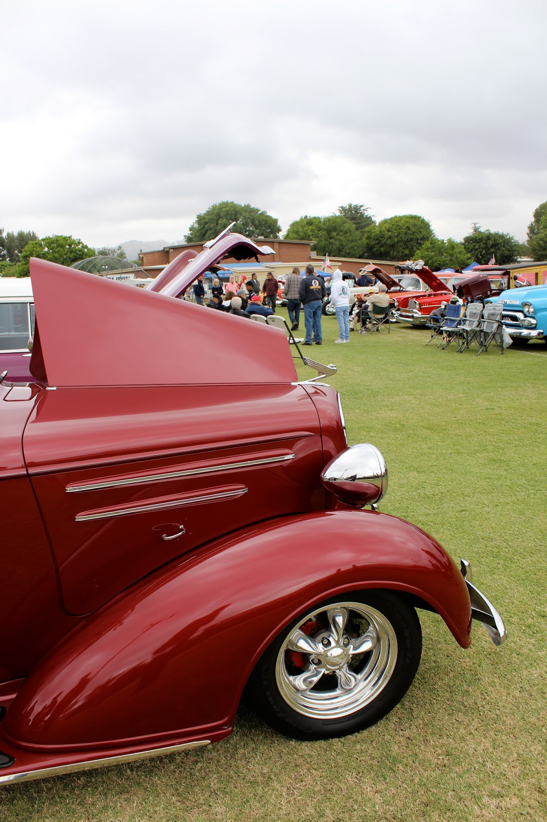 Covering Classic Cars : Classic Chevys Of Southern