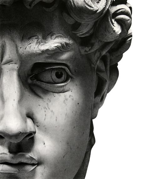 Detalle del rostro de El David de Miguel Ángel original que se encuentra en la Galería de la Academia de Florencia. Foto en blanco y negro