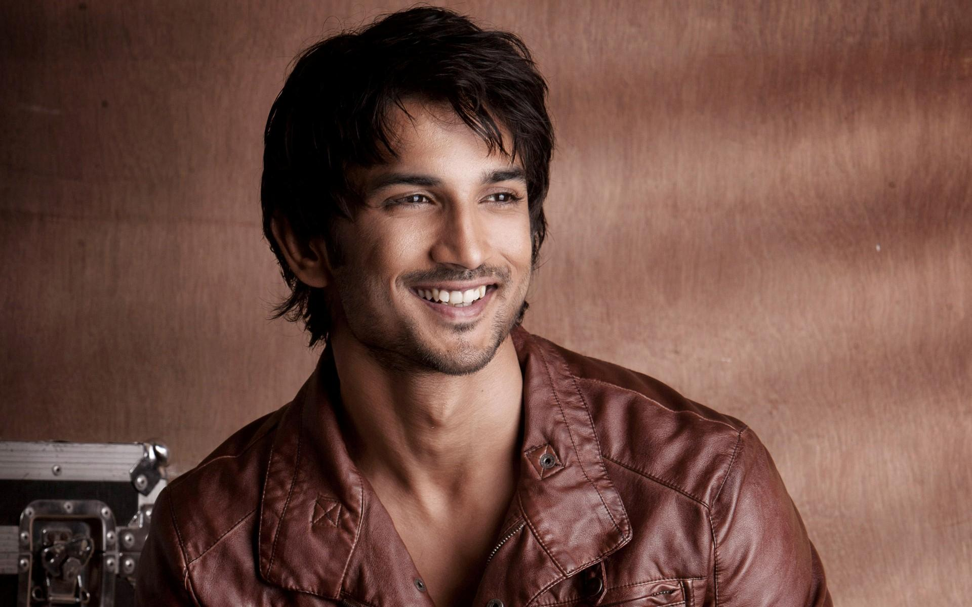 Sushant%2BSingh%2BRajput2 Sushant Singh Rajput Bio, wiki, Family, Relationship, Net Worth, Car Collection, Best Photos, Death News, Movies and more 2021