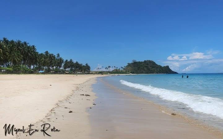 Nacpan-Palawan-Filipinas