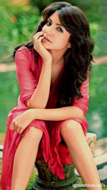 Amisha Patel Cute Wallpapers Anuska Sharma Hottest Unseen Gallery 2013 Bollywood World
