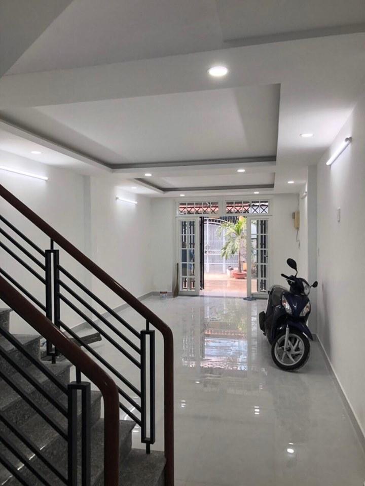 Bán nhà Hẻm xe hơi đường Thạch Lam quận Tân Phú. DT 4x14m