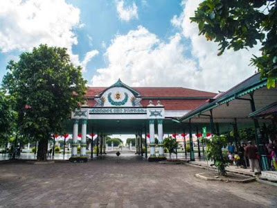 Witnessing The Authenticity of Javanese Culture in Jogja Palace