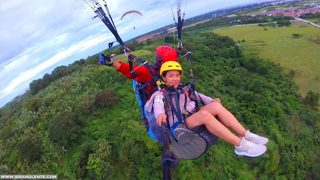 Paragliding in Rizal