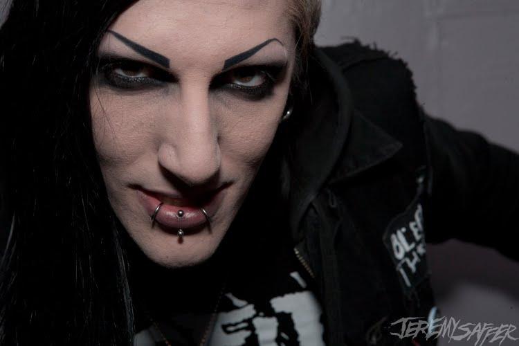 Chris motionless without makeup