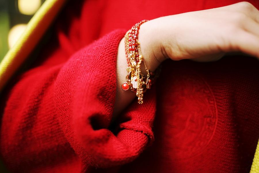 armbänder gold design charms