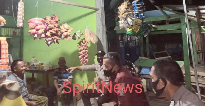 Terapkan Prokes Personil Polsek Polut  gelar Ops Yustisi Sasar Warkop dan Rumah Makan