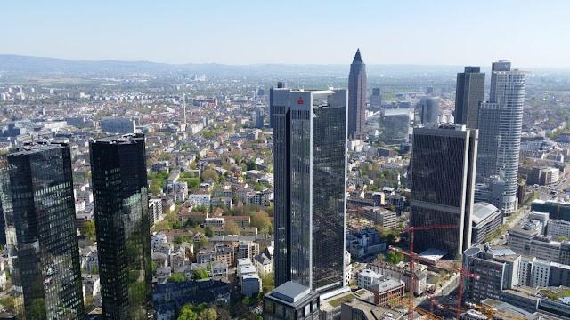 Kelebihan dan Kekurangan Bangunan Tinggi (Highrise & Skyscraper Building)