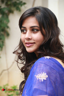 Actress Suza Kumar Pictures in Salwar Kameez at Maaniik Movie Launch  0040.jpg
