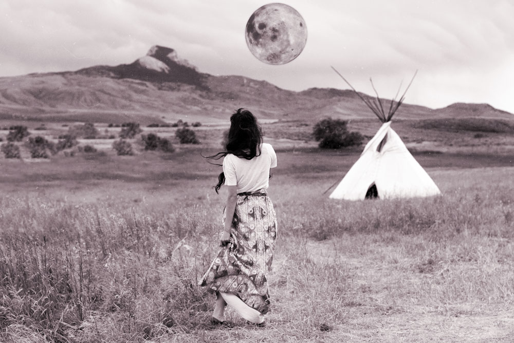 Boho hippie fashion full moon photography | bohemian lifestyle blog | The Wanderful Soul