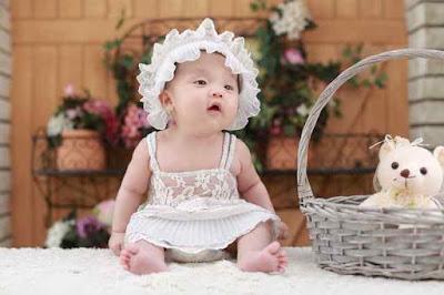 Top 100 American baby girl names