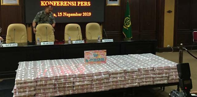 Kejagung Pamerkan Uang Rp 477 Miliar Hasil Sitaan Korupsi Kokos Leo Lim