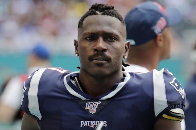 Arrest warrant issued for former NFL wide receiver Antonio Brown in assault case