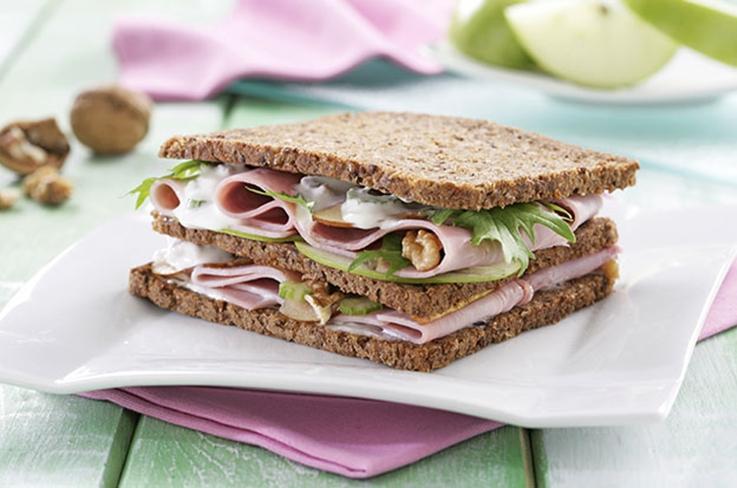 Sandwich jamón cocido clásico