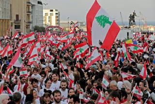 Pendukung Organisasi Syiah Lebanon Serang Demonstran