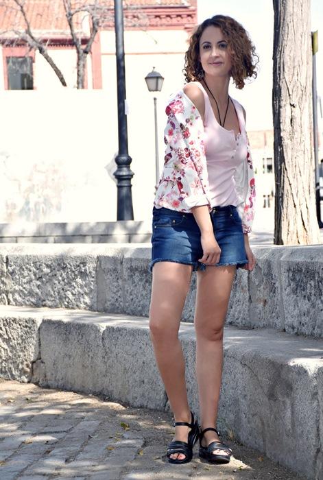 Outfit-Chaqueta-Flores-4
