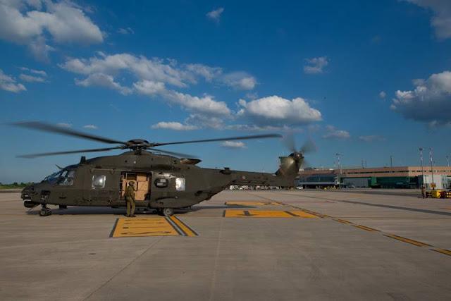 Esercito elicotteri consegna dispositivi medici