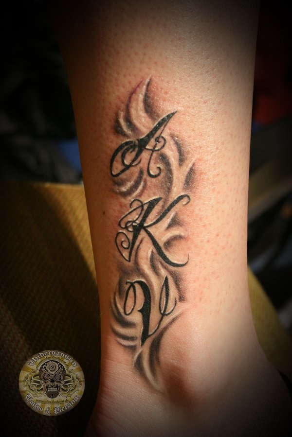 Types Of Tattoo Styles: Tattoo Dewo: Tattoo Lettering
