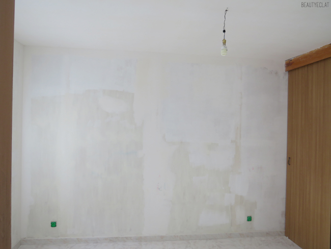 chambre murs avant peinture