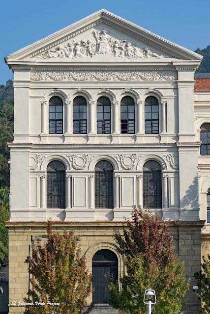 Facultad Letras Universidad de Deusto - Bilbao por El Guisante Verde Project