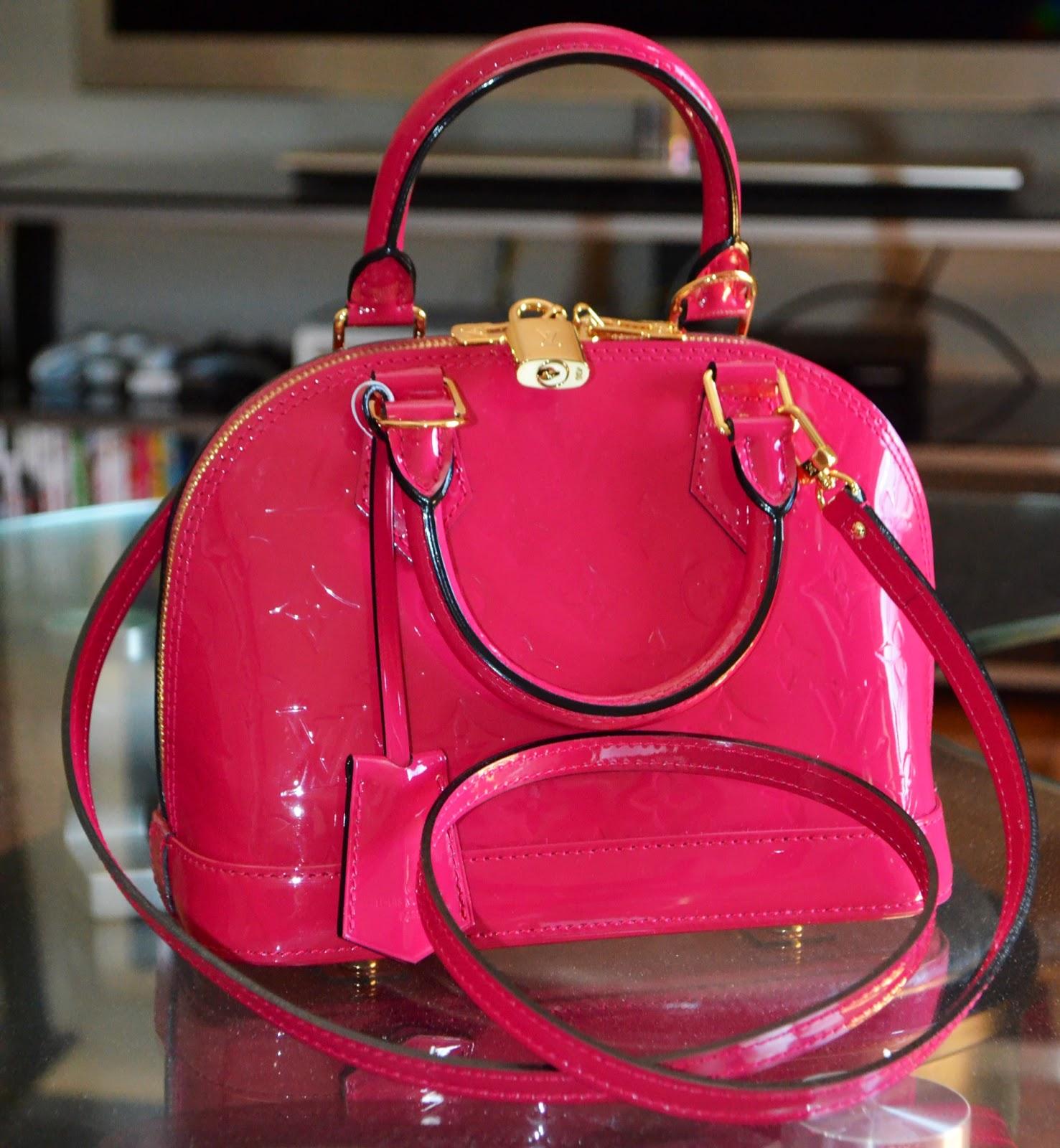 1dbf1fa8522d Louis Vuitton Alma BB