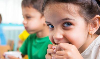 Stimulasi Tepat Untuk Tumbuh Kembang Anak