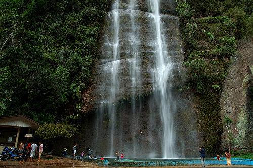 17 Tempat Wisata Pemandian Alam Air Terjun Pemandian Air Panas Di Sekitar Dekat Kota Padang Solok Pariaman Limapuluh Kota Tanah Datar Painan Sumatera Barat