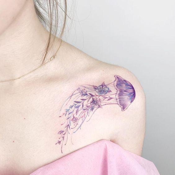 What is the meaning of the jellyfish tattoo pattern?