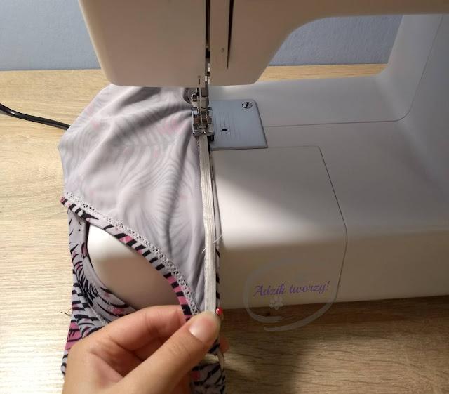 wszywanie gumy w majtki od bikini - Adzik tworzy