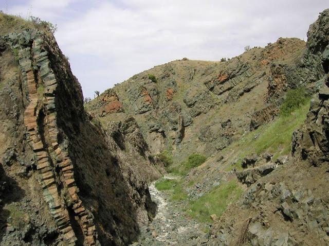 Οφιόλιθος: Η «πέτρα φίδι»