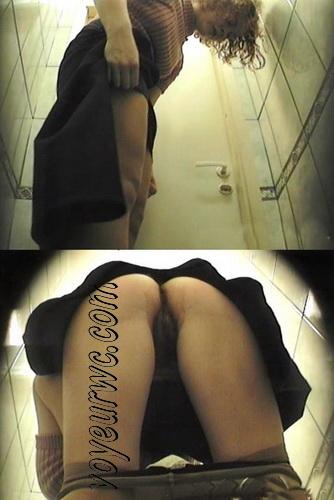 Spy2wc_28 (College girls are pissing in the common toilet)