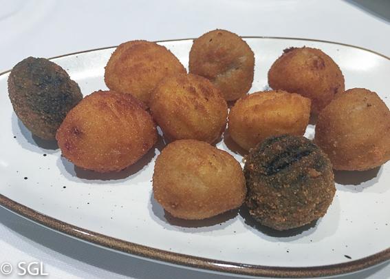 Comer en Vitoria. Restaurante El Portalon. Croquetas