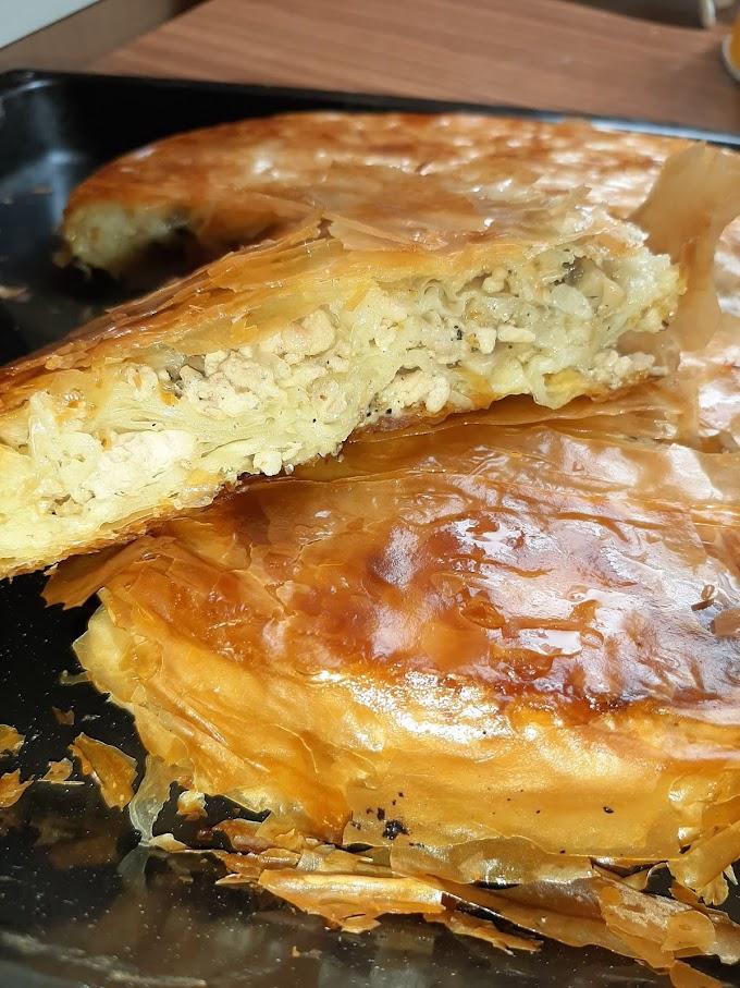 Burek/pita sa mesom, gljivama i tvrdim sirom
