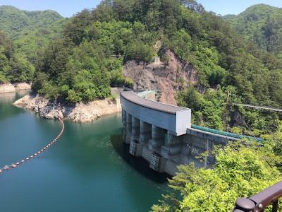 川俣湖と川俣ダム