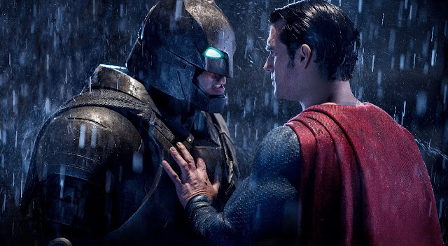 """""""Batman vs Superman"""" é o maior filme da Warner Bros em ingressos vendidos no Brasil"""