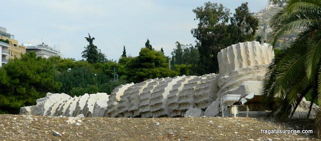 Coluna caída do Templo de Zeus Olímpico, em Atenas