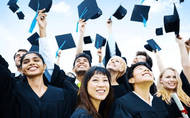 lulus sarjana tidak menjamin punya gaji tinggi