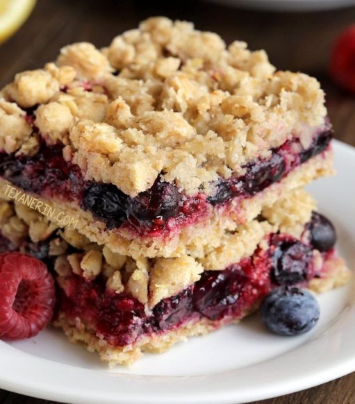 Berry Bars #dessert #cakes #pie #bars #healtyrecipes