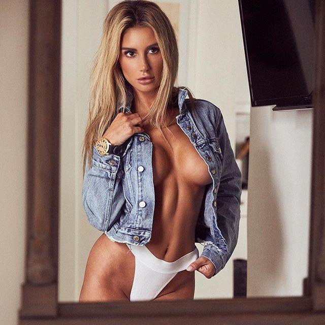 Bianca Ghezzi Hot & Sexy Pics