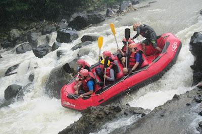 Rafting Bogor Terseru yang Harus Anda Coba