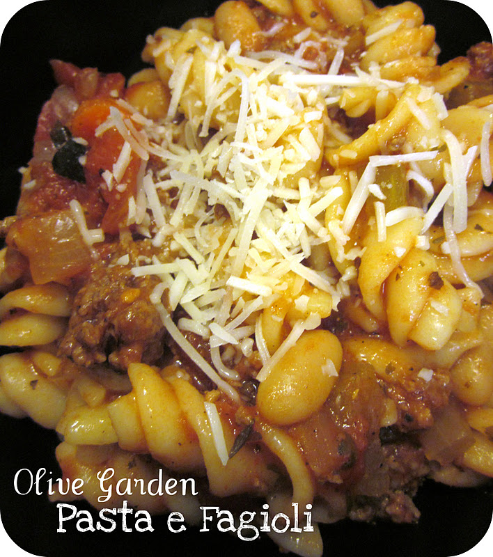 Olive Garden Date Night At Home (Recipes Included)! / Six