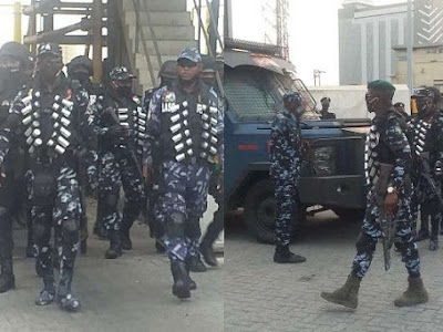 #OccupyLekkiTollGate: Police officers embark on 'show of force' at Lekki Toll Gate