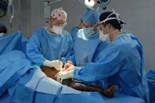 Pengobatan Untuk Memulihkan Penderita Patah Tulang Secara Efektif Tanpa Operasi