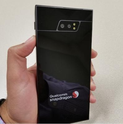 First world 5G smartphone