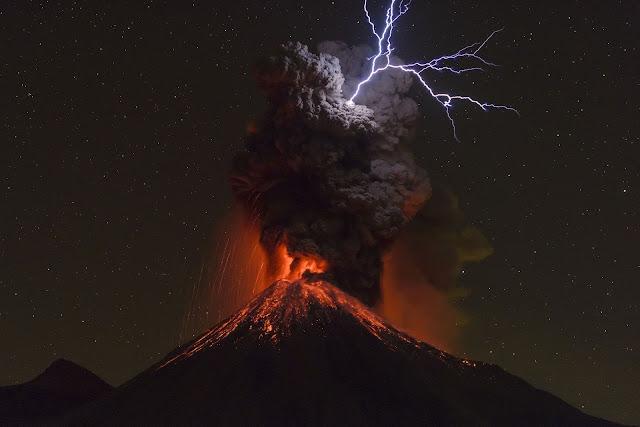 कोलिमा विस्फोट ज्वालामुखी