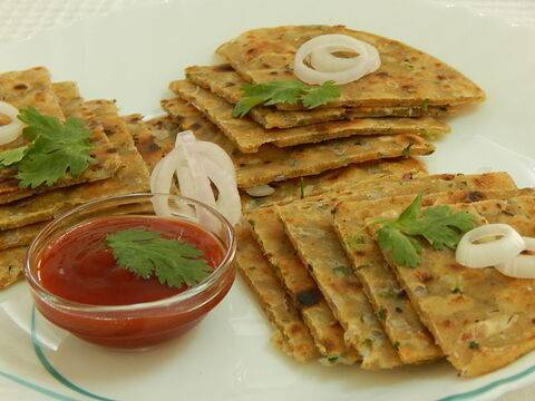 Onion paratha recipe hindi