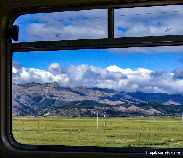 Trem Vistadome para Machu Picchu, Peru