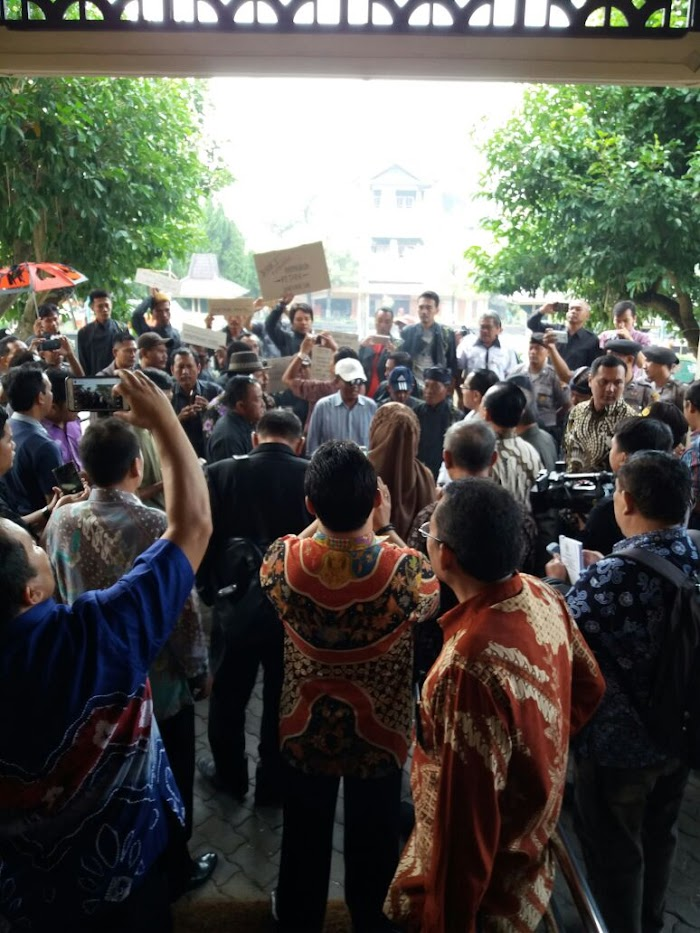 Petani Tembakau Klaten Sampaikan Aspirasi ke Banleg RI
