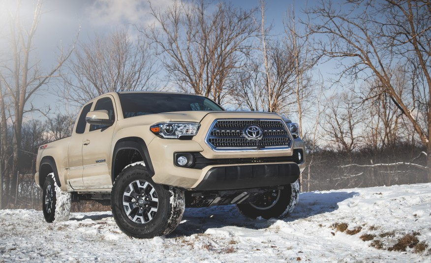 toyota tacoma redesign 2017 auto toyota review. Black Bedroom Furniture Sets. Home Design Ideas